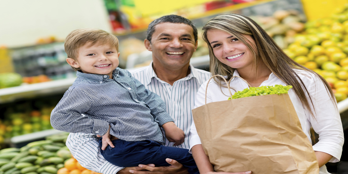 slide-Happy family shopping for groceries -1200x600